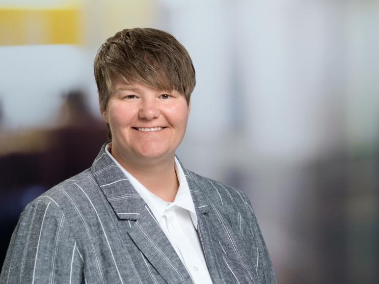 Tracy Van Auken